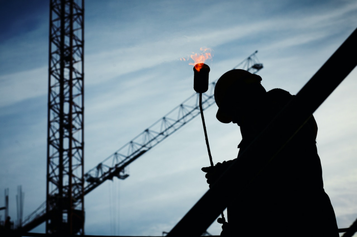 Major roles in construction industry and the impact of COVID-19 on the sector
